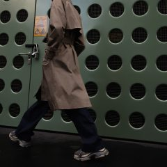 MikkoPuttonen_Fashionblogger_London_Asos_Menswear_Trenchcoat_Tonsure_BalenciagaTrepleS5_FEAT
